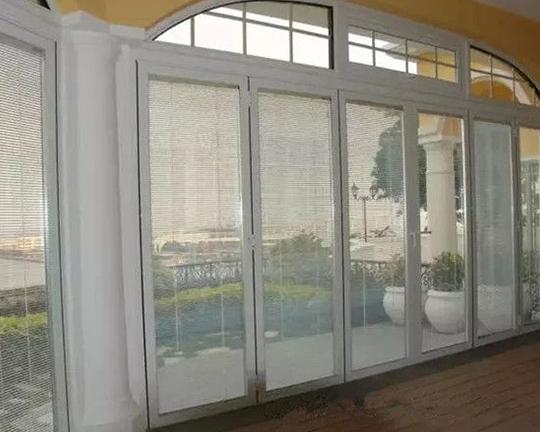 内置百叶玻璃窗